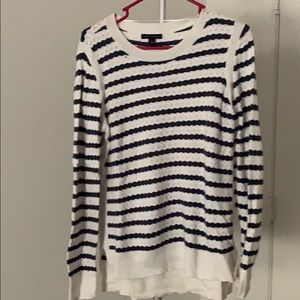 TH Sweater